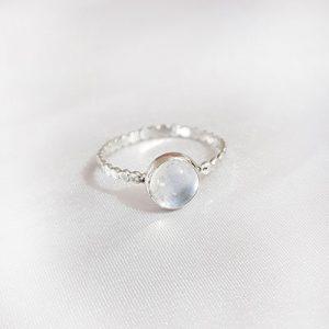 טבעת אבן קריסטל