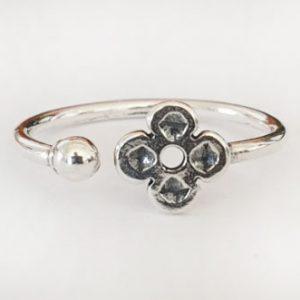 טבעת פרח פתוחה