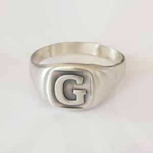 טבעת חותם ריבועית לגבר